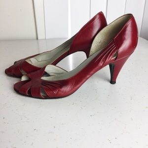 3/$25 Vintage d'Orsay peep toe pumps red leather
